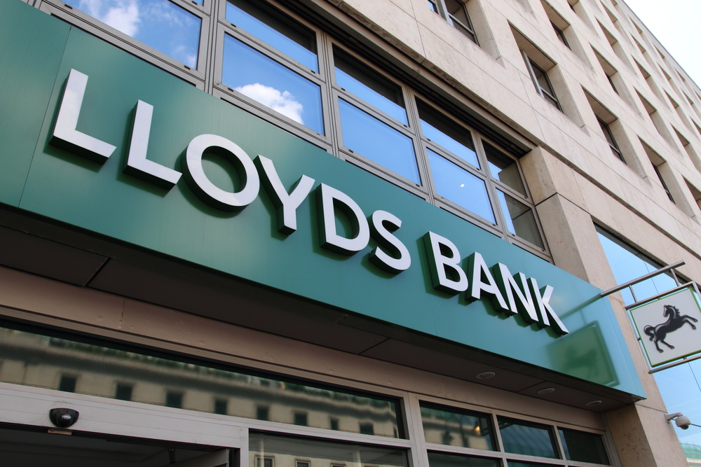 Lloyds Banking Group plc (LYG) - Active performance of Thursday