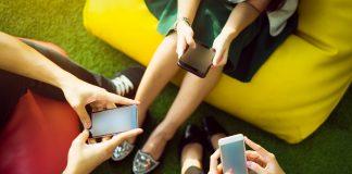 smartphones, facebook, google, addiction, technology